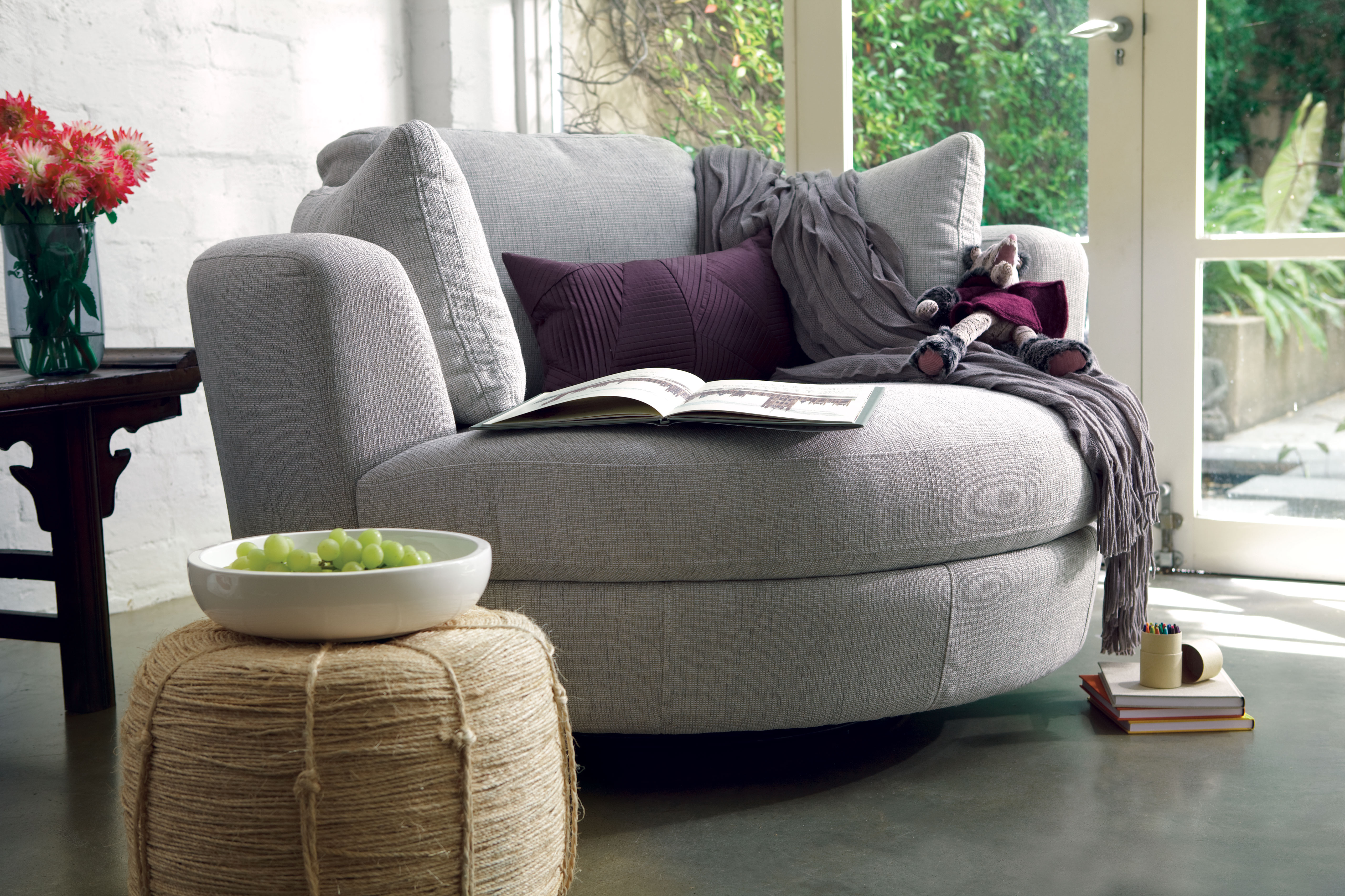 Bon Snuggle Swivel Chair